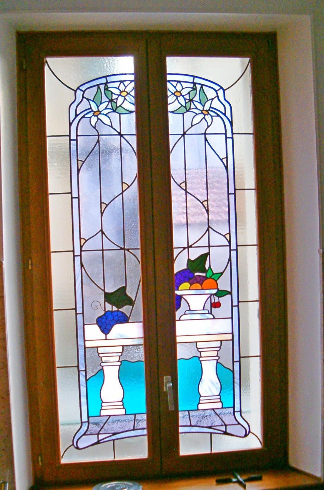 Cr ation d 39 un vitrail sur une fen tre groupe salmon for Decoration fenetre vitrail