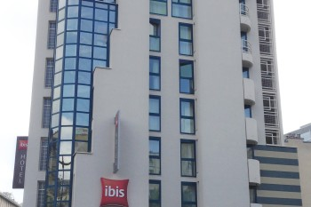Travaux de ravalement et isolation thermique d'un hôtel à Paris