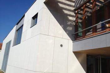 Habillage de façades en composite