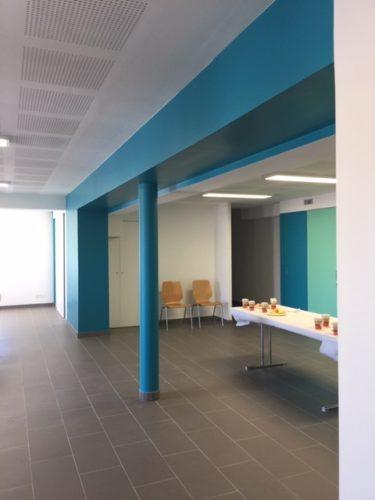 Murs et boiseries rénovés en couleur pour les jeunes de Pulnoy
